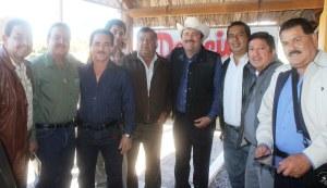 HOMBRE DE COMPROMISOS Y LEALTADES, SEÑALA ALCALDE VENUSTIANO PEREZ A MEDIOS DE COMUNICACION