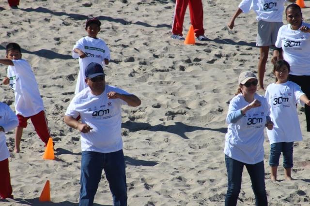 04.-Alcalde, encabeza activacion f´isica en dunas de López mateos.-