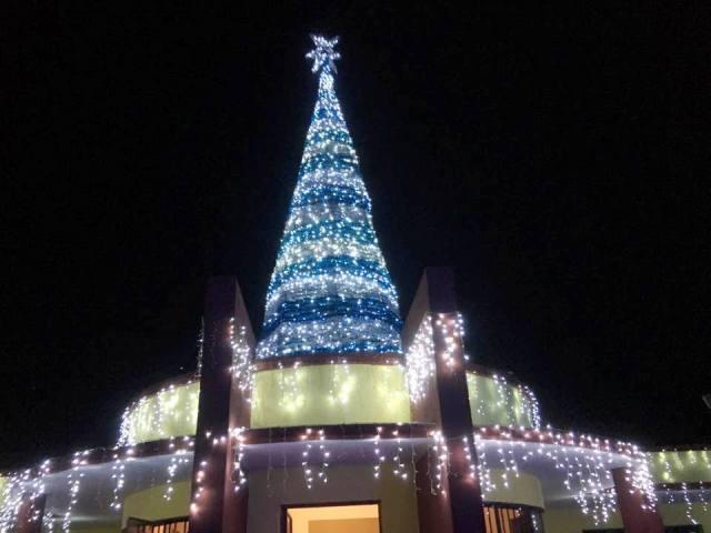 02-ayuntamiento-de-comondu-invita-a-las-familias-a-disfrutar-del-encendido-de-luces-navidenas-y-programa-artistico-para-el-domingo-a-las-6-de-la-tarde-en-explanada-de-casa-amarilla