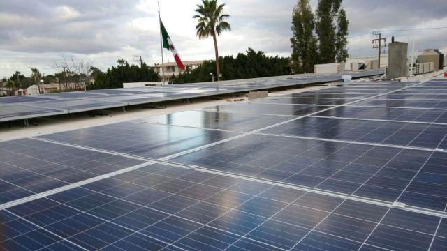 03-el-municipio-de-comondu-se-pone-a-la-vanguardia-con-el-rpoyecto-de-energia-solar-gestionado-pro-el-alcalde-francisc-pelayo-que-ademas-de-energia-limpia-representara-un-ahorro-a-las-finanzas-pub