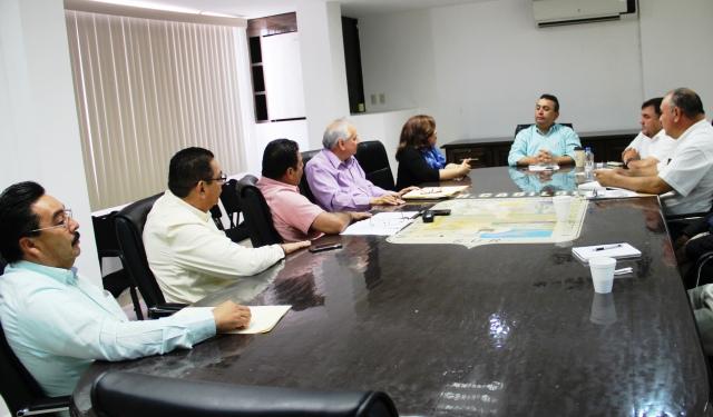 03.- Del 16 al 23 de julio se llevará a cabo la Expo Comondú 2017, dio a conocer alcalde Francisco Pelayo al reunirse con integrantes de Cabildo y funcionarios Municipales.-